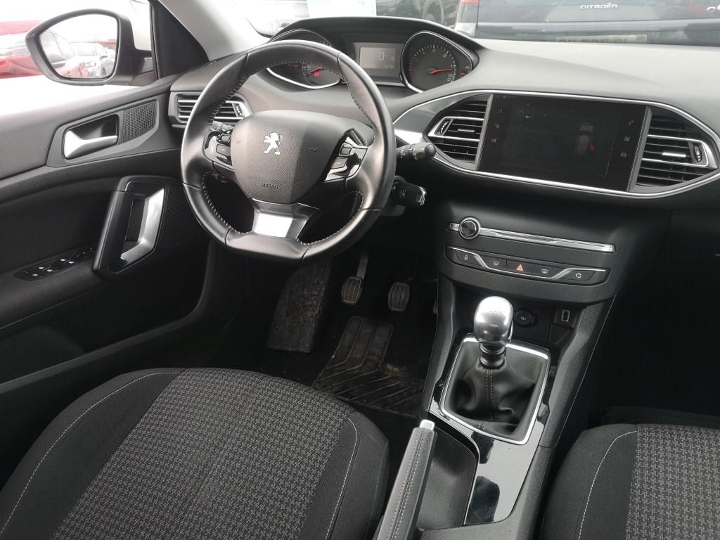 AMG autosalon Split